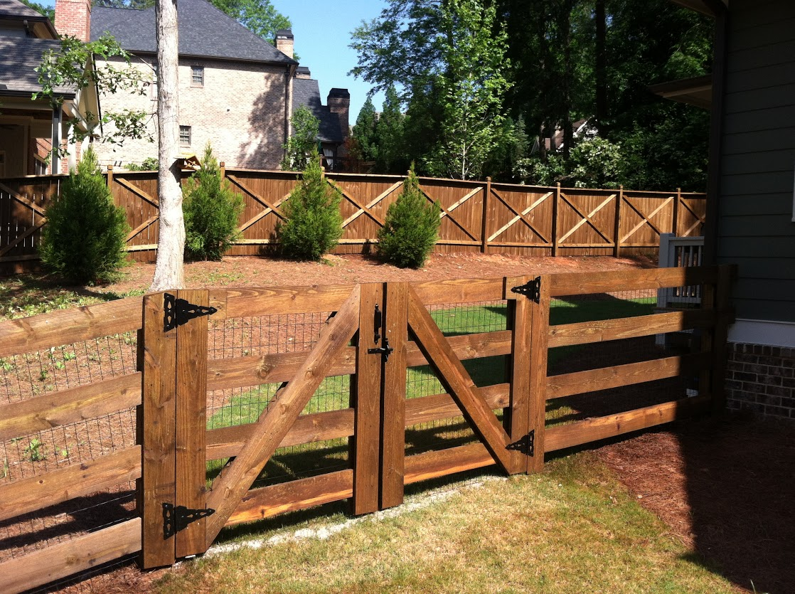 Atlanta Fence - Treatment and Repair Company